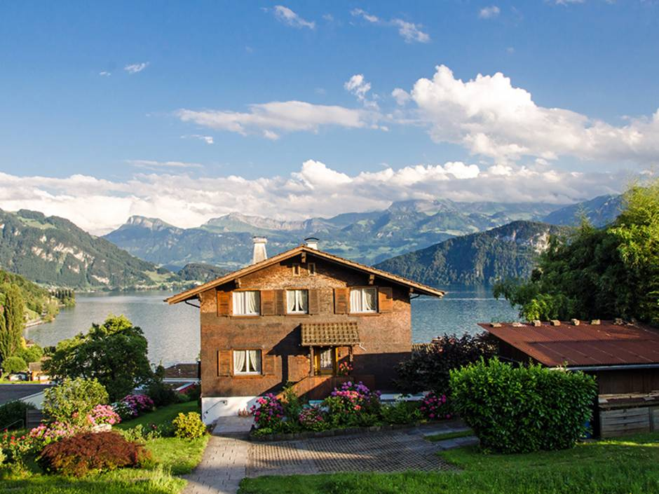 Ferienimmobilie kaufen, Schweiz, Foto: doris oberfrank-list – stock.adobe.com