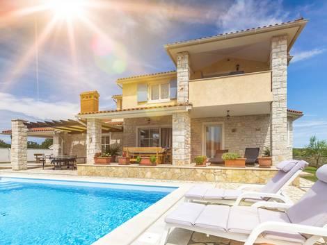Auslandsimmobilie Spanien, Ferienhaus, Immobiliensuche, Foto: mmphoto/fotolia.com