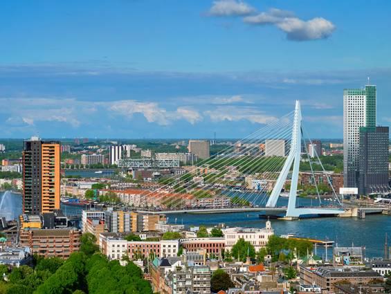 Auslandsimmobilie Niederlande, Rotterdam, Erasmusbrücke, Kaufvertrag, Foto: f9photos/fotolia.com