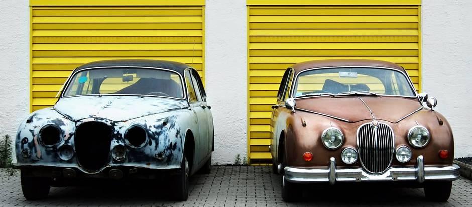 Garage kaufen, Oldtimer, Foto: Dietmar Becker 131 / Unsplash