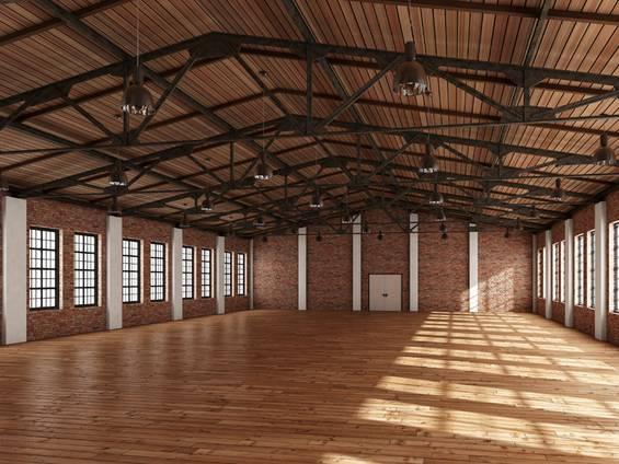 Gewerbeimmobilie, Eventhalle, leere Halle mit Parkettboden, Foto: DREIDESIGN.com/stock.adobe.com