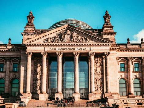 Berlin, Reichstag in Berlin Mitte, Foto: Omar Sotillo Franco/unsplash.com