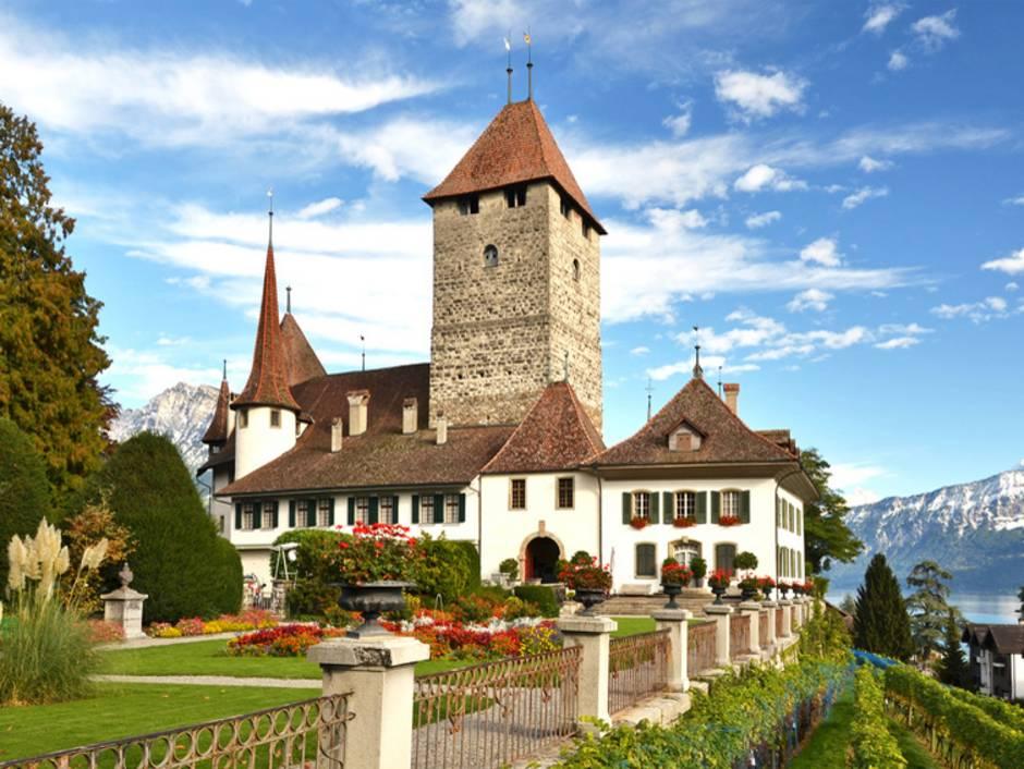 Burg, Schloss, Bern, Foto: HappyAlex/fotolia.com