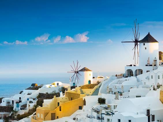 Immobilienkauf Griechenland, Auslandsimmobilien, Santorin, Foto: iStock/proslgn