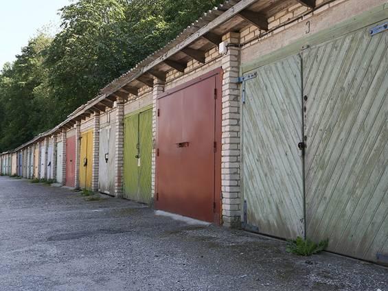 Garage kaufen, Garagenhof, Foto: photofranz56 / fotolia.com