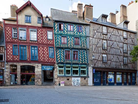 Immobilienkauf Frankreich, Bretagne, Fachwerkhaus, Foto: iStock/Gwengoat