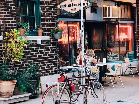 Imbiss kaufen, Imbiss pachten, Imbiss mieten, Café kaufen, Café mieten, Café pachten, Gastronomie kaufen, Gastronomie pachten, Gastronomie mieten, Hotel kaufen, Hotel pachten, Hotel mieten, Foto: Xochi/Unsplash