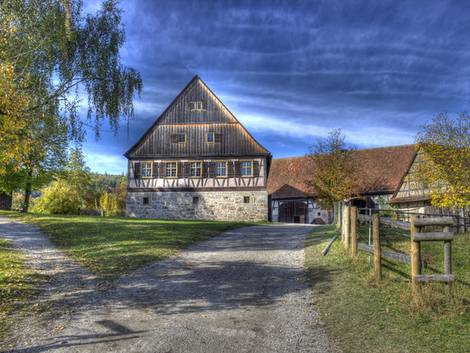 Landwirtschaft kaufen, Bauernhof, Foto: Wolfi30/fotolia.com