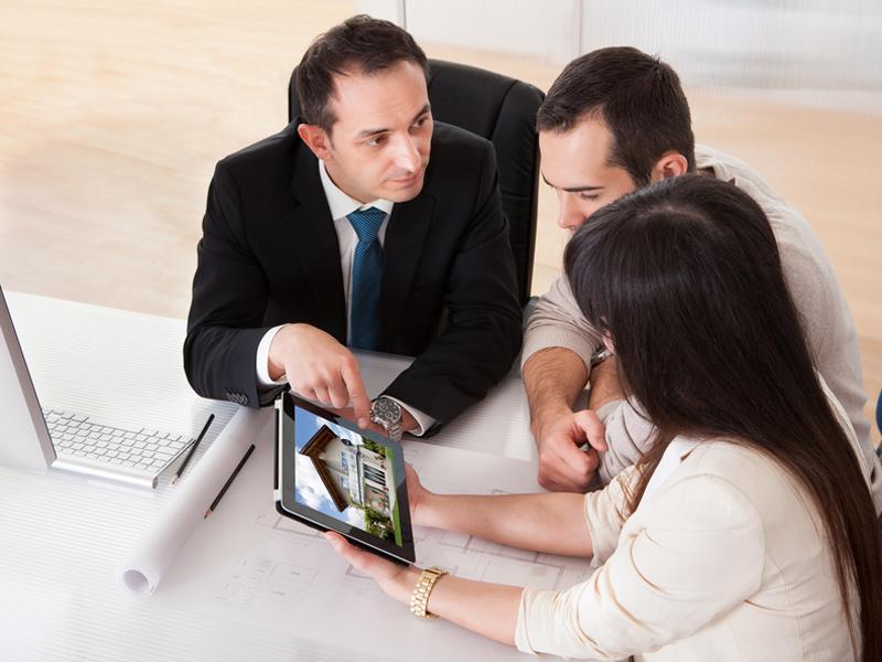 Immobilienwertermittlung: Wer Sein Haus Verkaufen Will, Sollte Vorher Den  Wert Der Immobilie Schätzen Lassen. Foto: Apops / Fotolia.com