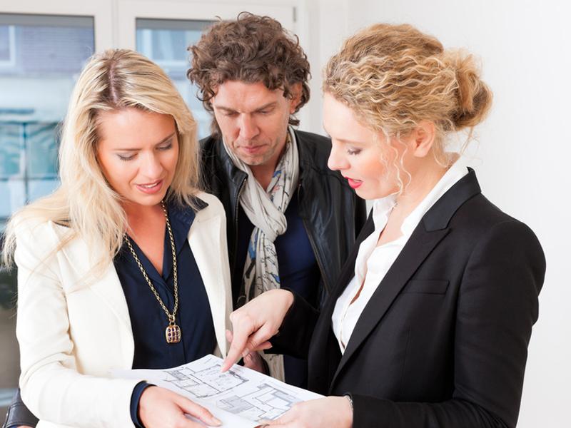 Wie Wird Man Immobilienmakler Voraussetzungen Und Kompetenzen